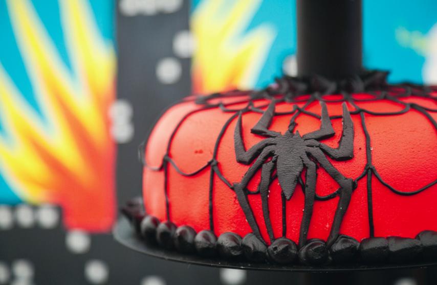 Superheltekage Spiderman