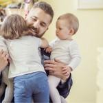 Fædre er bedre end mødre til at læse godnathistorier