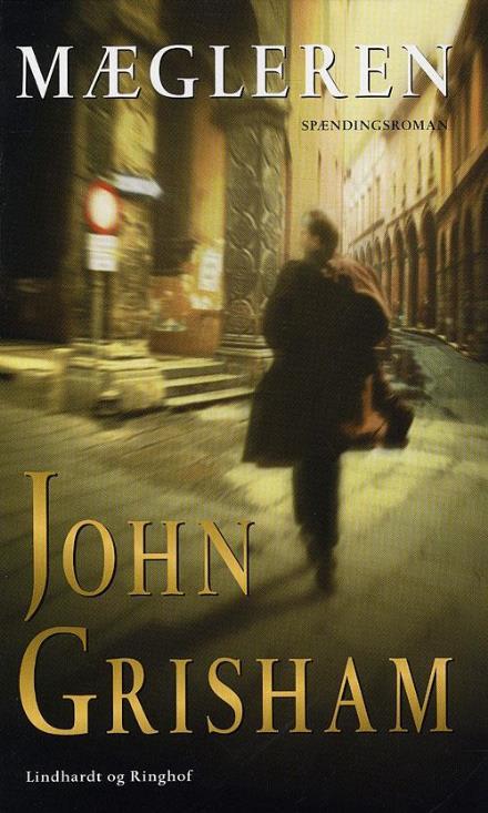 spionromaner, mægleren, john grisham