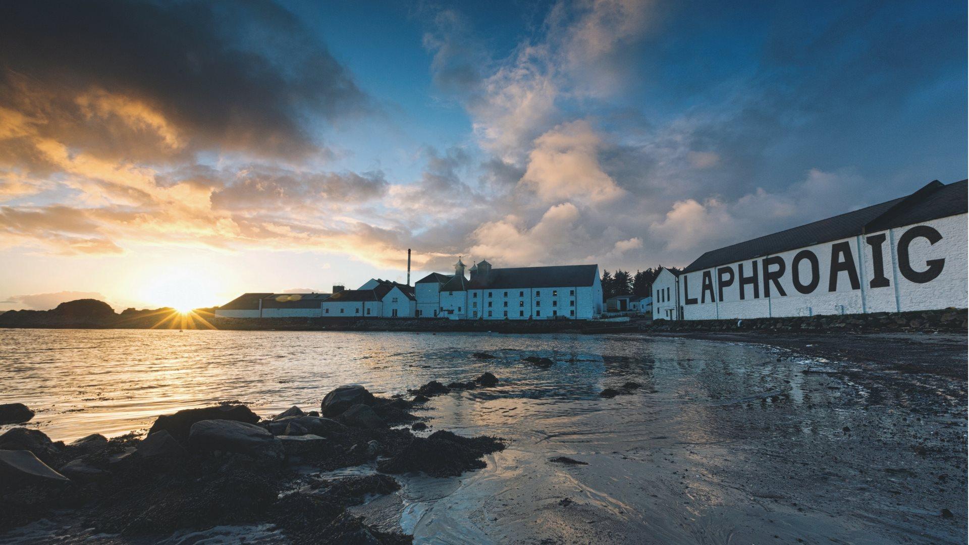 whisky, whisky bog, skotske destillerier, skotsk whisky, Charles MacLean, Whisky med sjæl