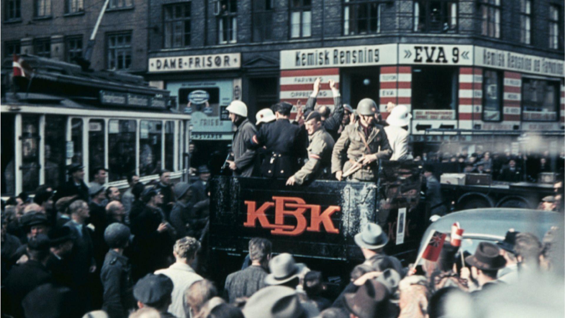 Anden Verdenskrig, Besættelsen, Befrielsen, Besættelsen i billeder