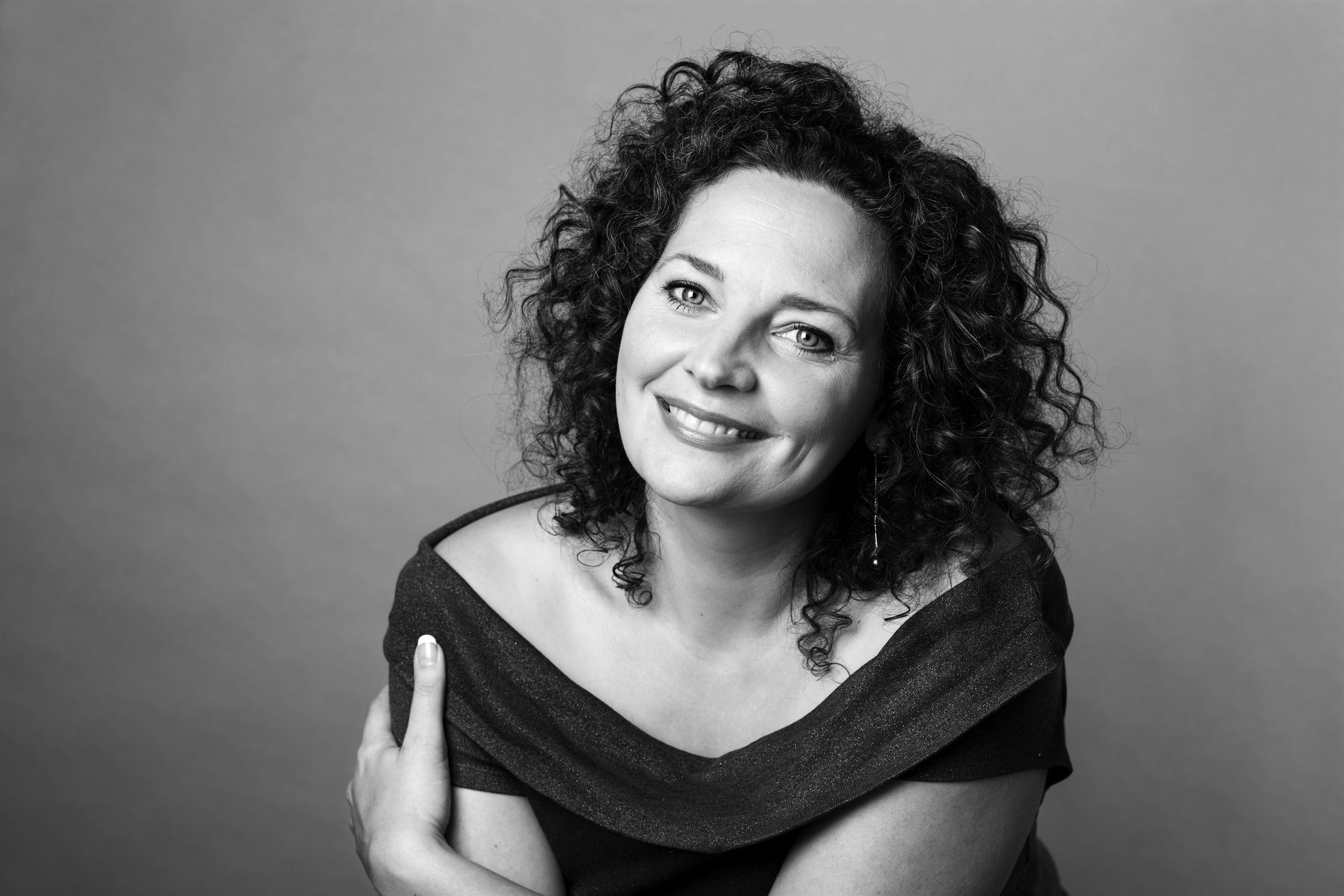 Anne-Cathrine Riebnitzsky, forfatter, prisvindende