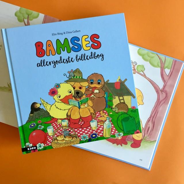 Bamses allergodeste billedbog, bamse, kylling, ælling, bamse og kylling, højtlæsning, billedbog, elin bing, dina gellert, billedbog, nydningen, sang , regnsangen