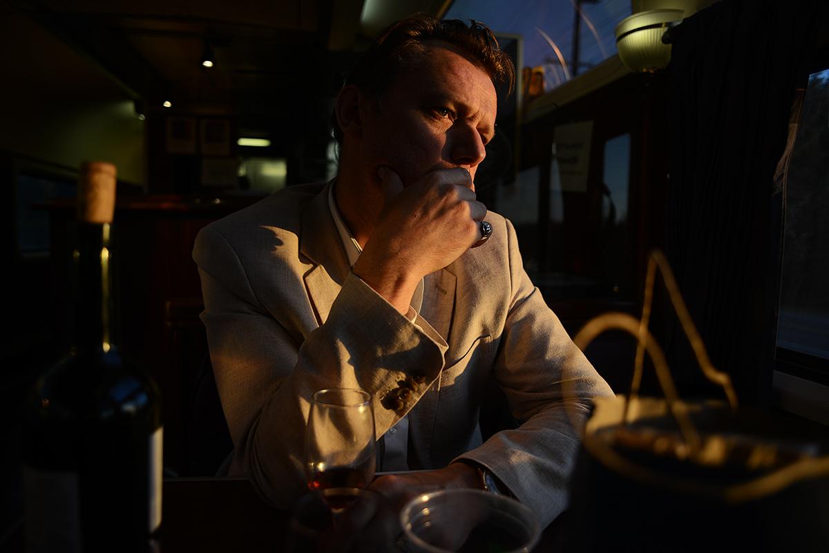Brian Dan Christensen, roman om USA, Howard Walker, Vejen til Alberta, god bog, vejen til albert, brian dan christensen, great gatsby, bog, roman, lindhardt og ringhof, amerikansk roman, roadmovie, howard walker, philip boothman, leonard cohen, bob dylan, øen med de ni broer, verdens koldeste land