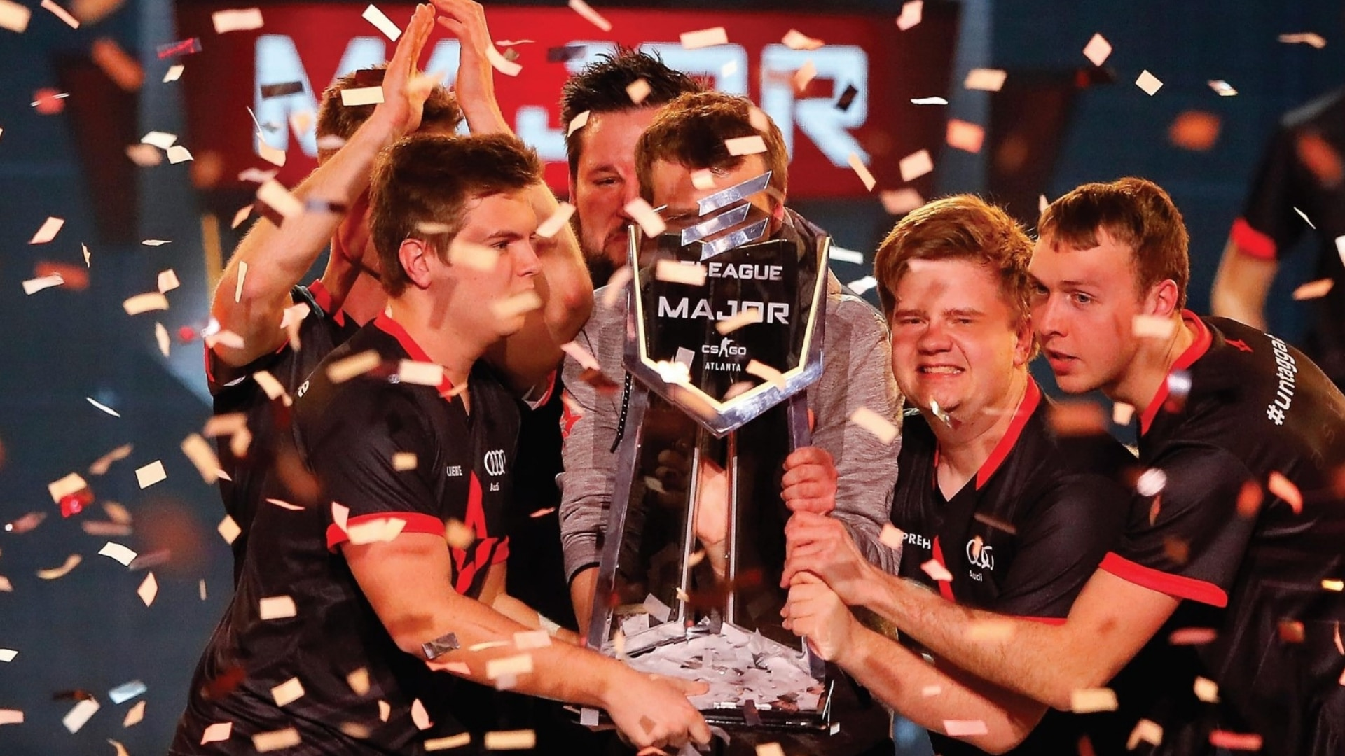 Esportens danske helte, carlsen, gode bøger til børn, børnebøger, lindhardt og ringhof, Astralis, astralis, Jacob Kofler, esport, gaming, counter strike, CS:GO, global offensive, major, north, dupreeh, gla1ve, zonic, bøger om coputerspil, computerspil, lan party, dota, league of legends