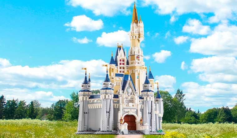 Guinness World Records, Guinness World Records 2019, record, rekordbog, Disneyslot, LEGO-model